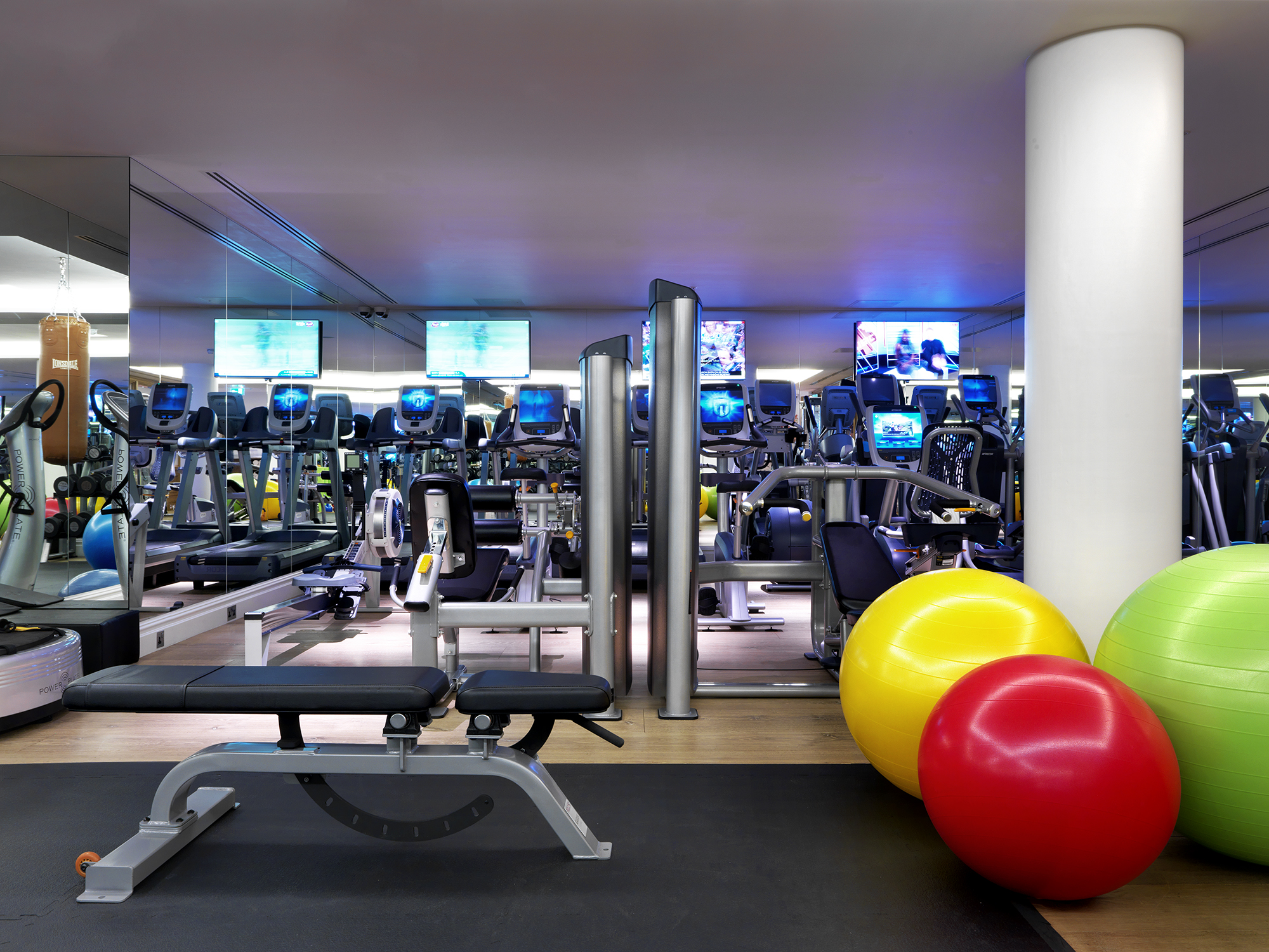 Luxury gyms in london star central london hotel with gym